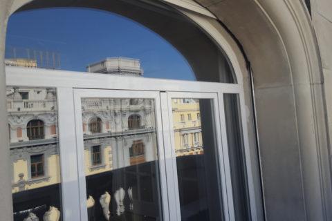 Carpintería de rotura de puente térmico y vidrio acústico