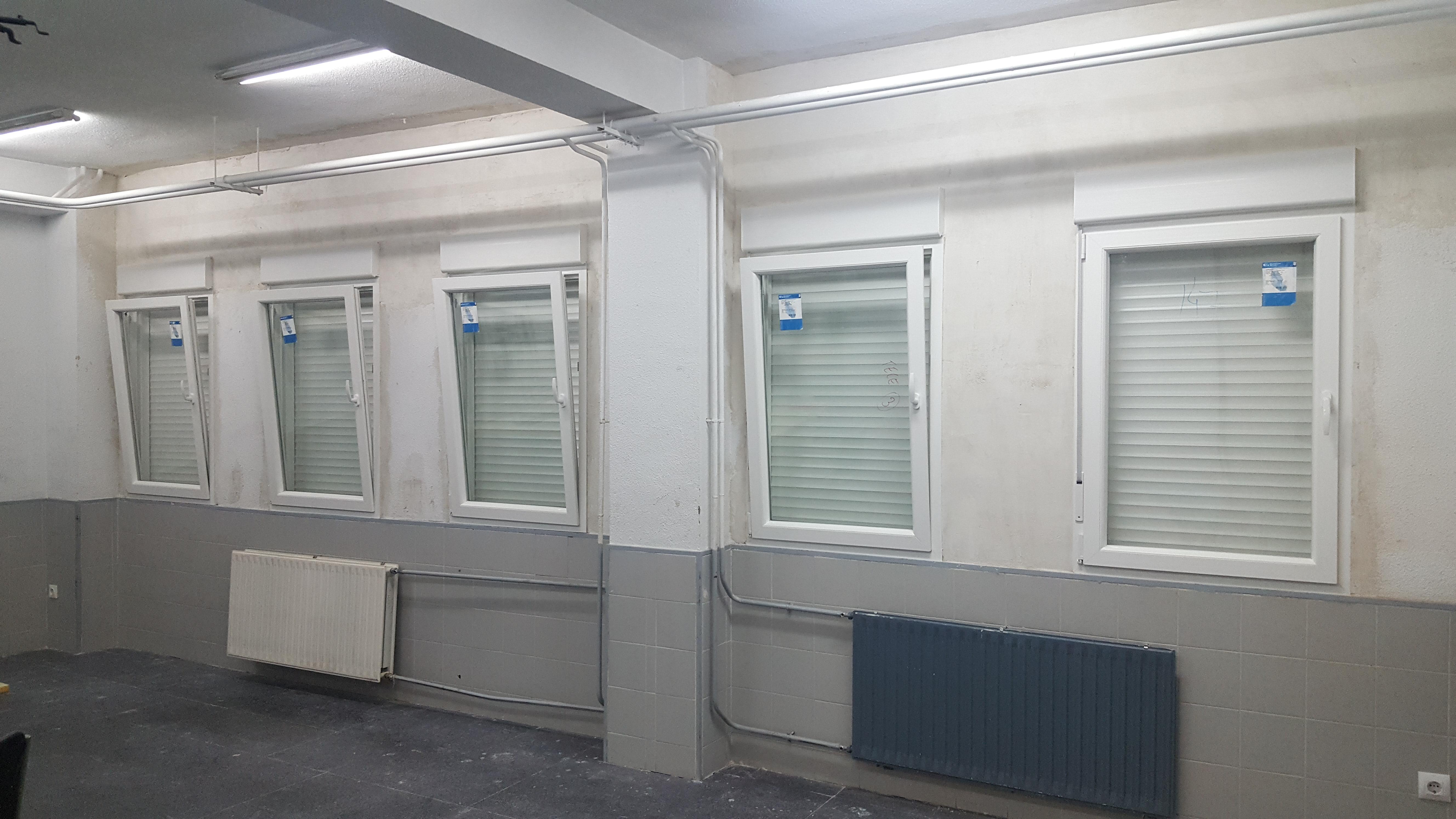 Ventanas de PVC - aula de emprendiemiento en Fuenlabrada